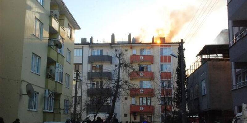 Tedbirsiz bina sakini az kalsın apartmanı küle döndürecekti