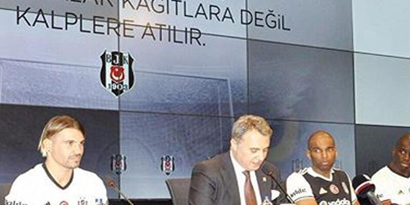 Beşiktaş Kulübü yeni transferler için imza töreni düzenledi