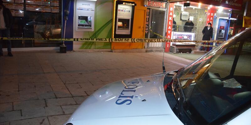 Malatya'da kaldırımda yürürken ağır yaralandı