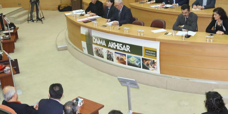 Akhisar stadının ismi resmiyet kazandı