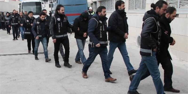 FETÖ operasyonunda 22 polis tutuklandı