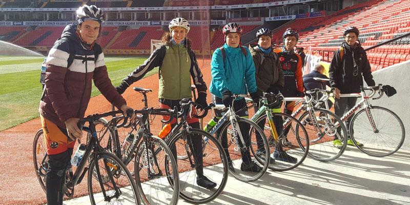 Eskişehirspor'un yeni stadında bisiklet turu