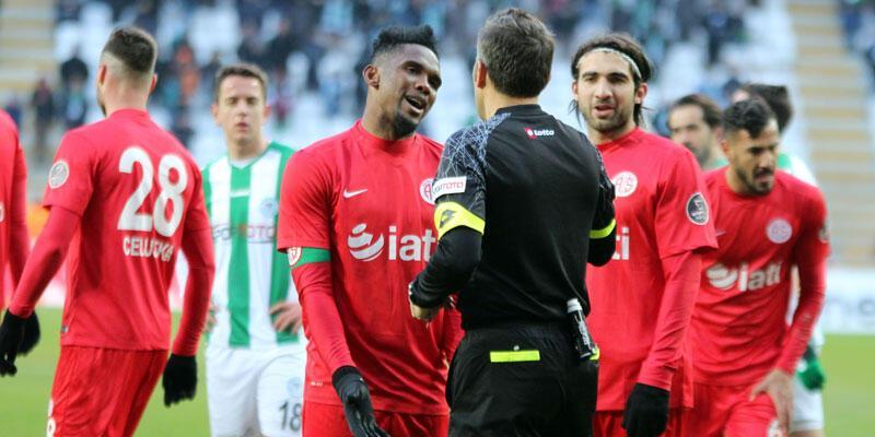 Antalyaspor'da 3 oyuncu cezalı duruma düştü
