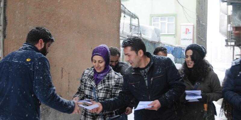 HDP ve DBP referandum için halk toplantısına çağırdı