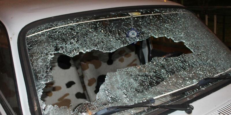 Komşuların silahlı sopalı kavgasında 8 gözaltı