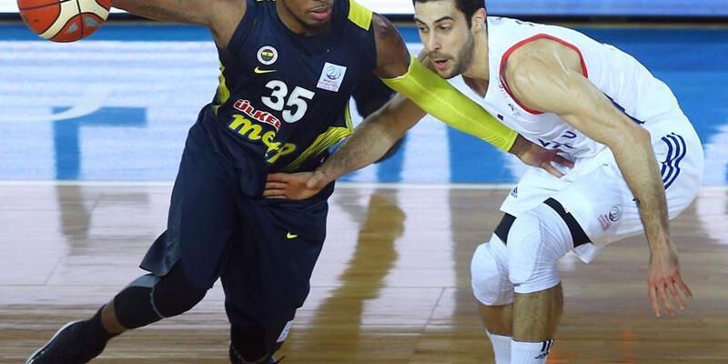 Anadolu Efes Fenerbahçe'yi eledi