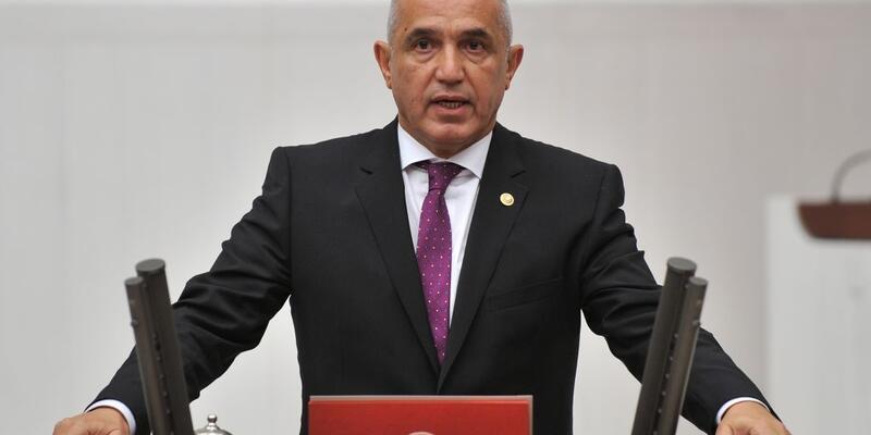 AK Partili vekilin sözlerini CHP'liler alkışladı