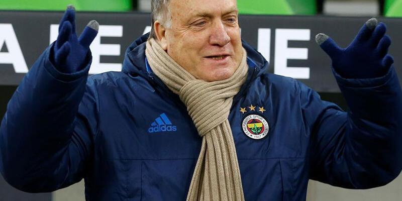 Advocaat'tan futbolculara eleştiri