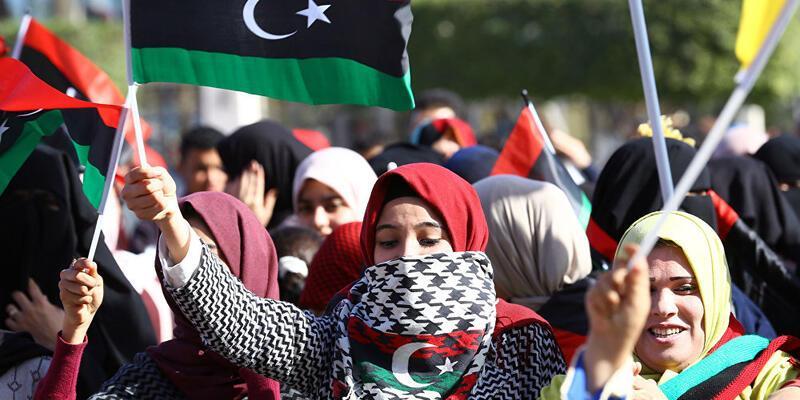 Libya kadınların yurtdışına tek başına seyahatlerini yasakladı