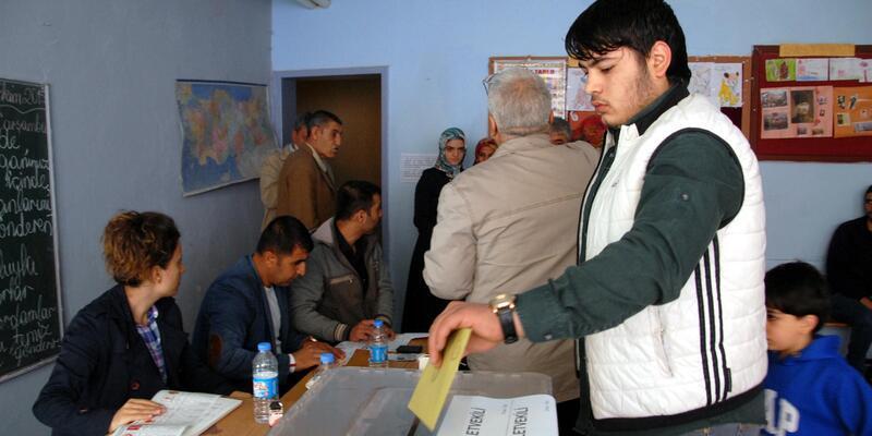 Sur'da 6 mahalledeki 45 sandık başka yere taşındı