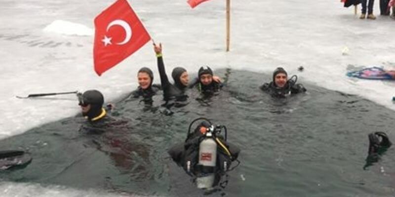 Derya Can CNN TÜRK Facebook canlı yayınında dünya rekoru kırdı