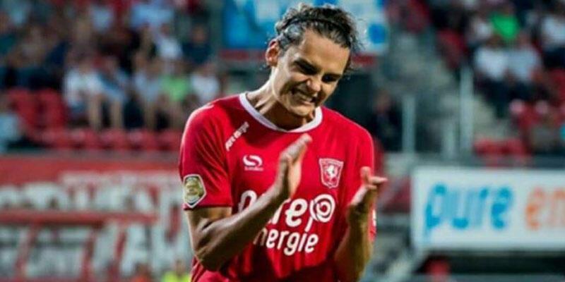 Enes Ünal'dan Den Haag'a şık gol