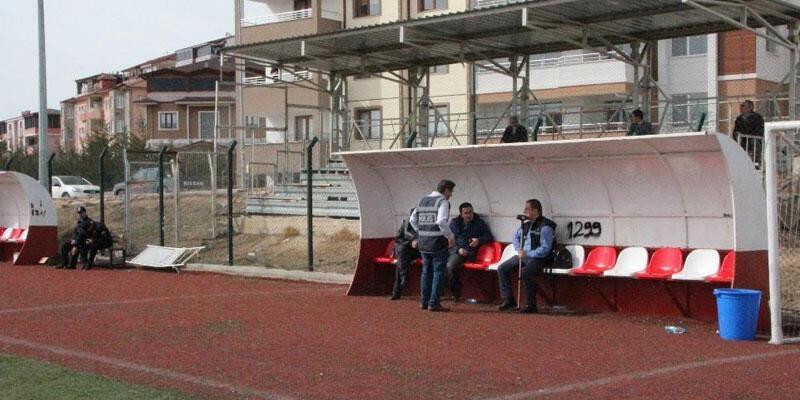 Bilecik'te maçı 3 taraftar izledi 6 polis görev yaptı