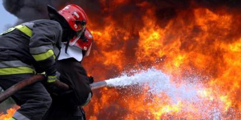 Zonguldak'ta 8 katlı binadaki yangında can pazarı yaşandı
