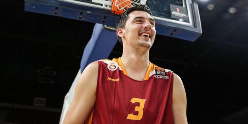 Galatasaray Emir Preldzic ve Blake Schilb'i açıkladı