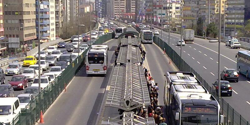 Son dakika İETT'den metrobüs açıklaması