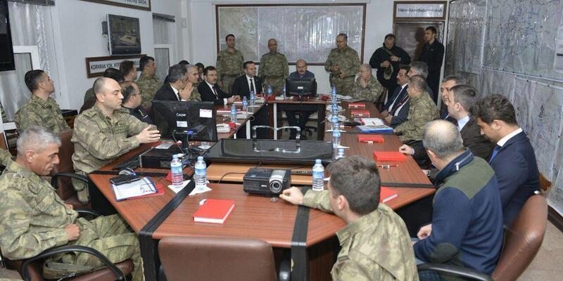 Son dakika: Süleyman Soylu operasyon bölgesi Lice'de