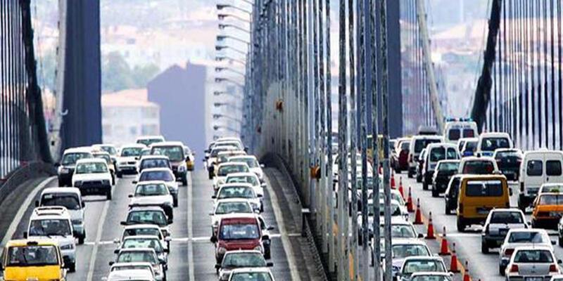 Yılda kaç saati trafikte geçiriyoruz?