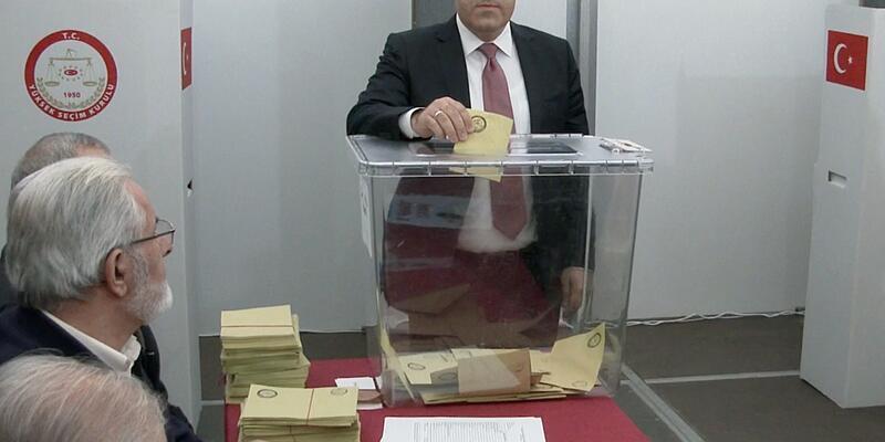 AK Partili Milletvekili oyunu Almanya'da kullandı