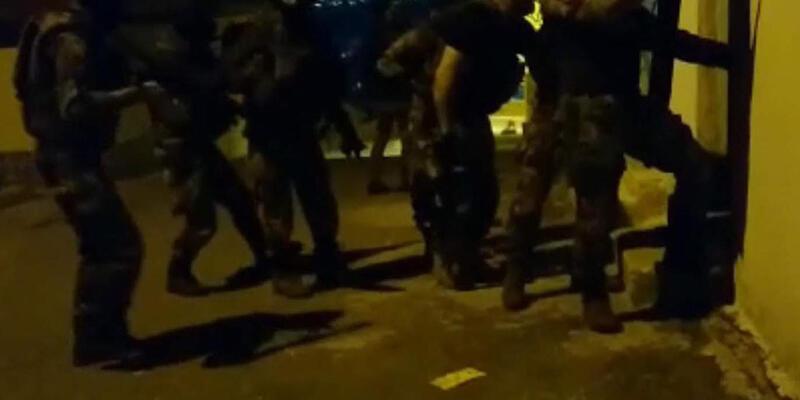 İzmir'de MLKP ve TKEP/L operasyonu: 11 gözaltı