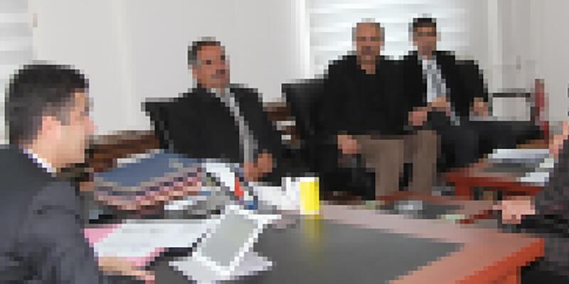 Bitlis'te kaymakamdan muhtarlara 'evet' tehdidi iddiası
