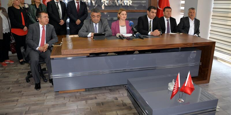 CHP'li Selin Sayek Böke: 'Diktatörlüğe değil demokrasiye ihtiyaç var'
