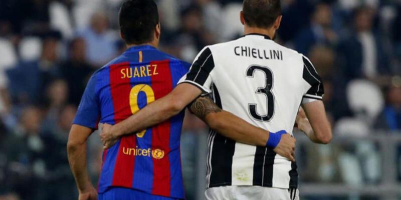 Luis Suarez Chiellini'yi ısırmadı