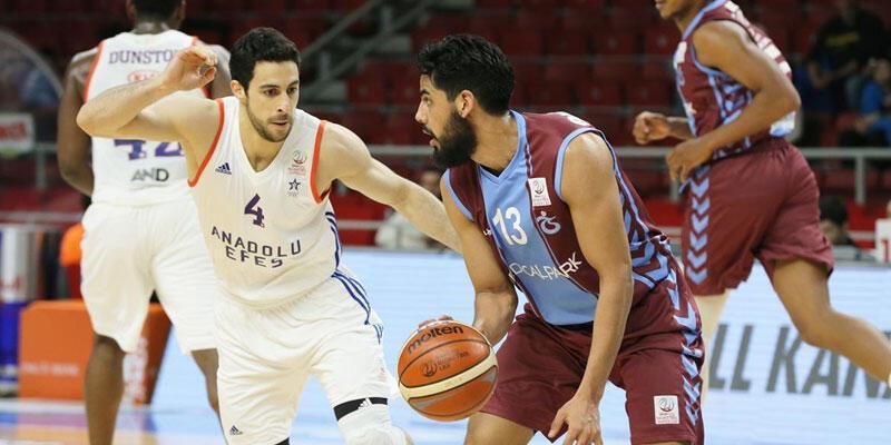 Anadolu Efes Tabzonspor'u rahat geçti