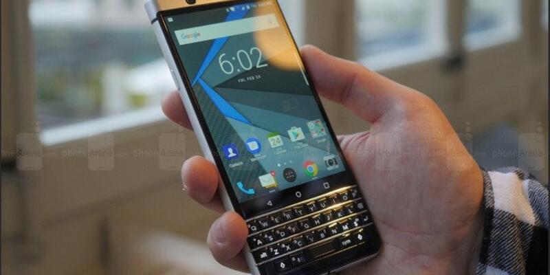 BlackBerry KEYone Avrupa'da yine ertelendi
