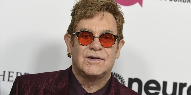 Elton John'a Güney Amerika turnesinde 'ölümcül bakteri' bulaştı