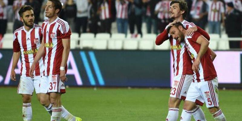 Sivasspor, Giresunspor'u 2-0 mağlup etti