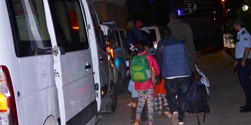 Didim'de 60 mülteci kaçış yolunda yakalandı
