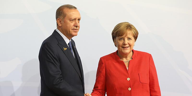 Angela Merkel: Erdoğan'la büyük görüş ayrılıklarımız var