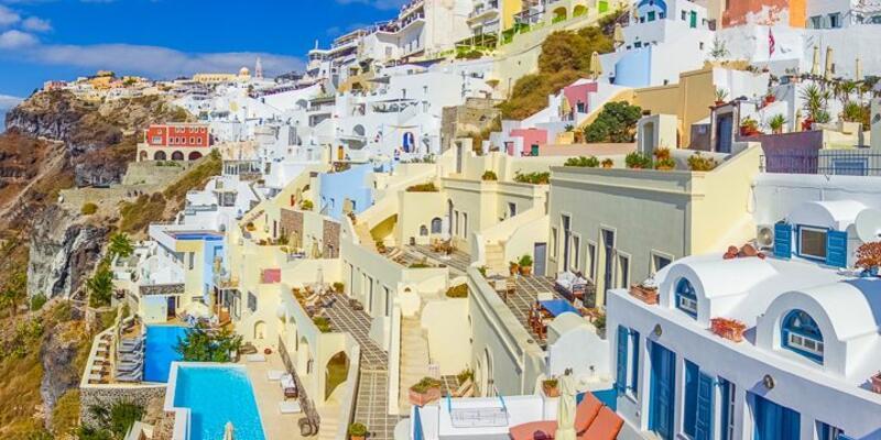 Turist akını Yunanistan'ı zora soktu! Su yetişmiyor