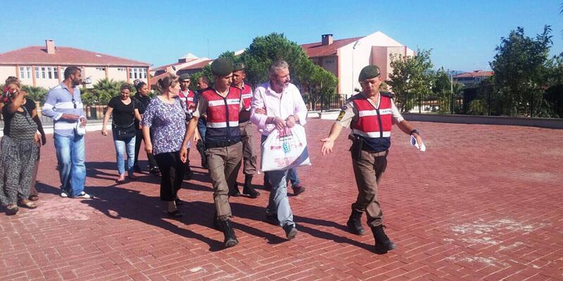 Jandarmadan suç üstü... Göçmenler ve organizatör yakalandı