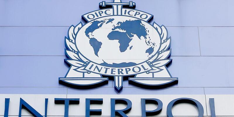 Interpol tarafından aranan İngiliz kadın Kütahya'da yakalandı