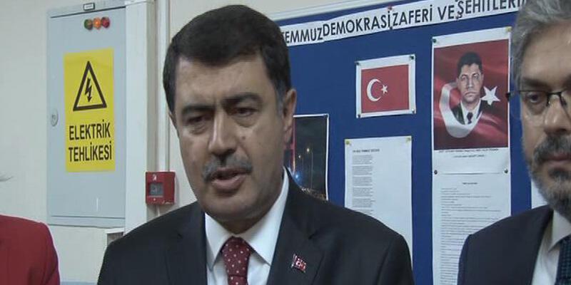 """İstanbul Vali Şahin'den """"okul servisi"""" ve """"erken saat"""" açıklaması"""