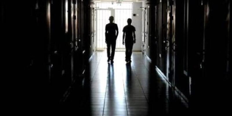 Öğretmene cinsel istismardan 22 yıl 10 ay hapis cezası