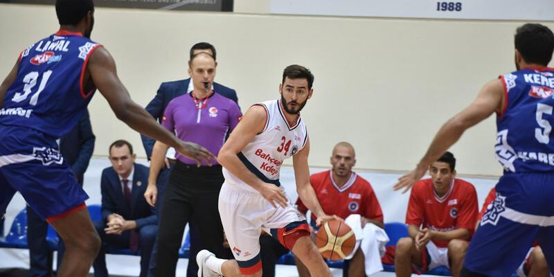 Bahçeşehir Koleji Basketbol 1. Ligi'nde esmeye devam ediyor