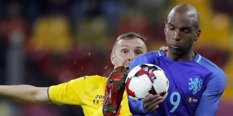 Ryan Babel Hollanda'ya golle döndü