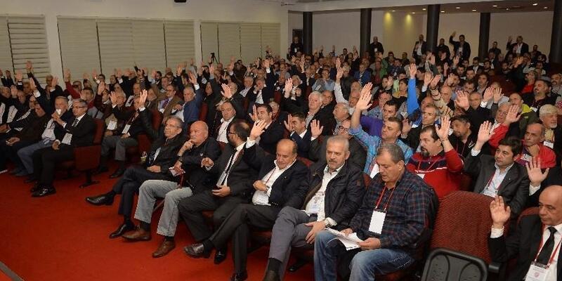 Karşıyaka'da futbol şubesi şirketleşiyor