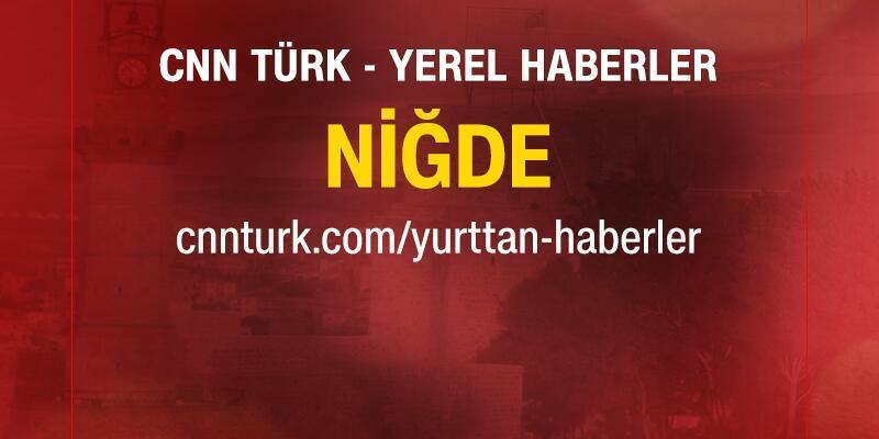 Demirkazık'ta 3 dağcı mahsur kaldı