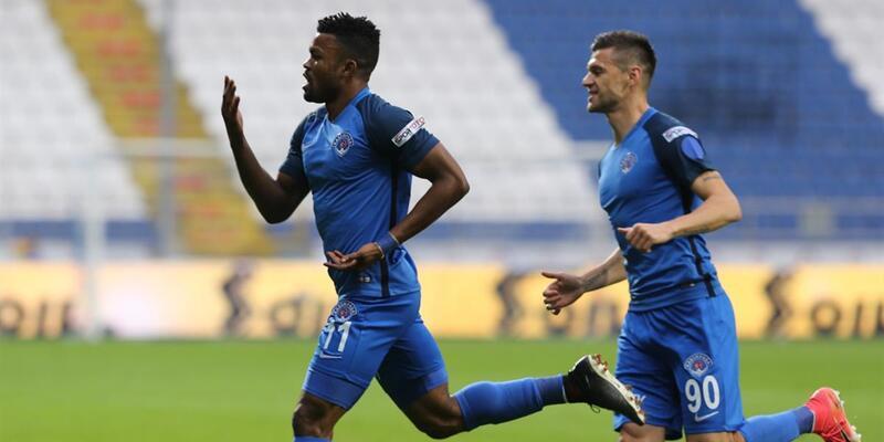 Kasımpaşa Konyaspor'u 2 golle geçti