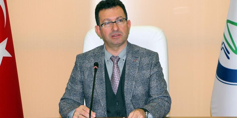 Öğretim üyesi sosyal medyadaki paylaşımları nedeniyle açığa alındı