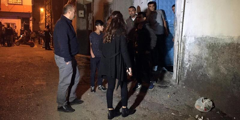 Komşuları evlerini bastı, 2 kardeş yaralandı