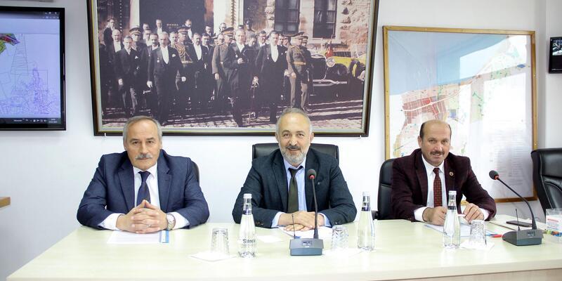 Çiftlikköy Belediye Meclisi olağanüstü toplandı