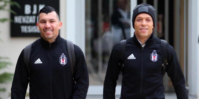 Beşiktaş'ta 5 futbolcu İstanbul'da kaldı