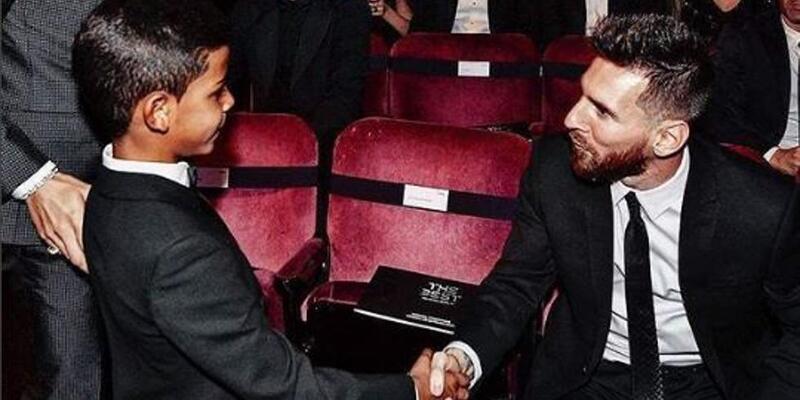 Ronaldo'ya oğlundan darbe: İdolüm Messi