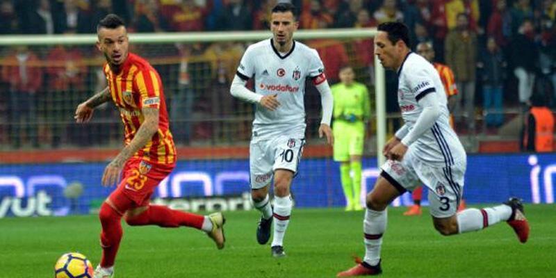 Şampiyonlar Ligi'nde fırtına ama Süper Lig'de esmiyor