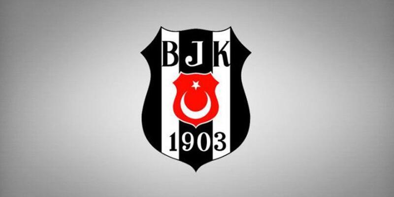 Beşiktaş 4 oyuncuyla profesyonel sözleşme imzaladı